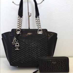 NEW 2PC Set❤️GUESS Classic Embossed Satchel/Wallet